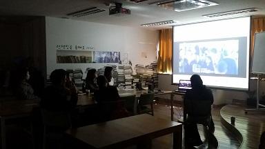 170410 801 얀센의 위대한 실험 영화 함께 보기 (1).jpg